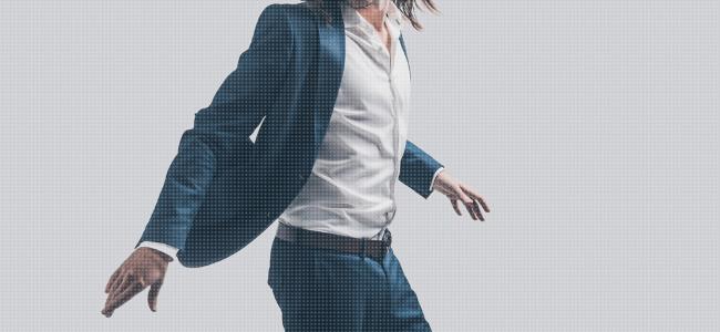スーツにおすすめインナー【上級者の着こなし】